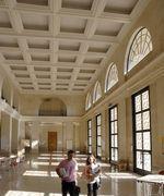 Photo du grand hall de la faculté de droit d'Aix